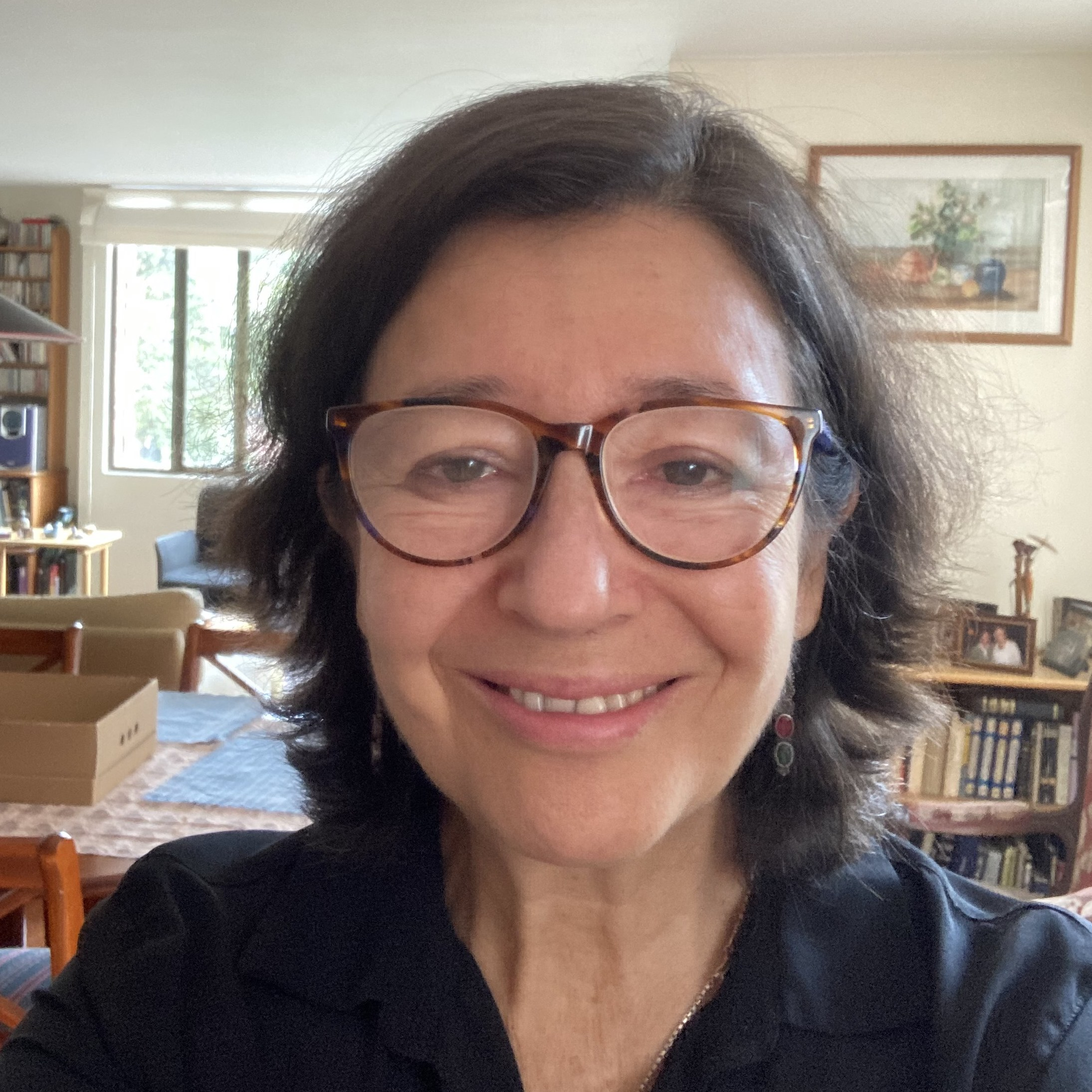 Meet the Trustees: Interview with Colombian Investigative Reporter, Maria Teresa Ronderos